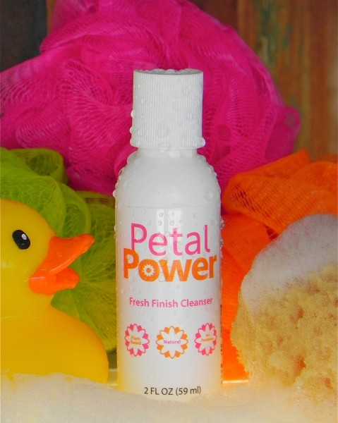 Petal Power Fresh Finish Cleanser